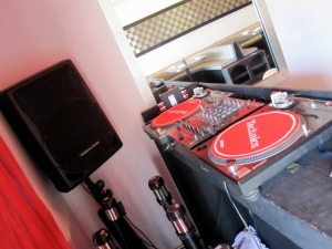 La Jolla Sushi place, tight space dj booth